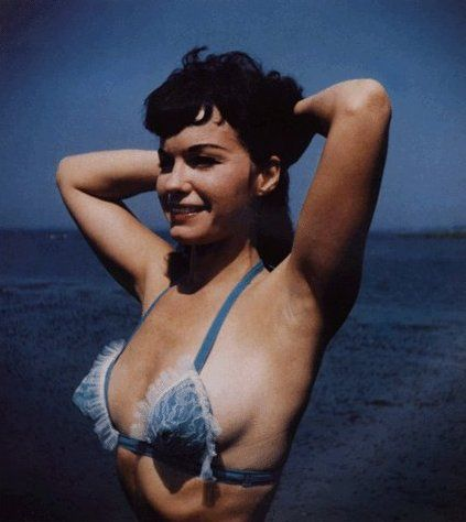 Bettie Page: Pinup Beautiful, 50S Pinup, Vintage Betty, Centiuri Pinup, Betty Fuckin, Vintage Pinup, Betty Pages, Betty Forever, Betty Page3
