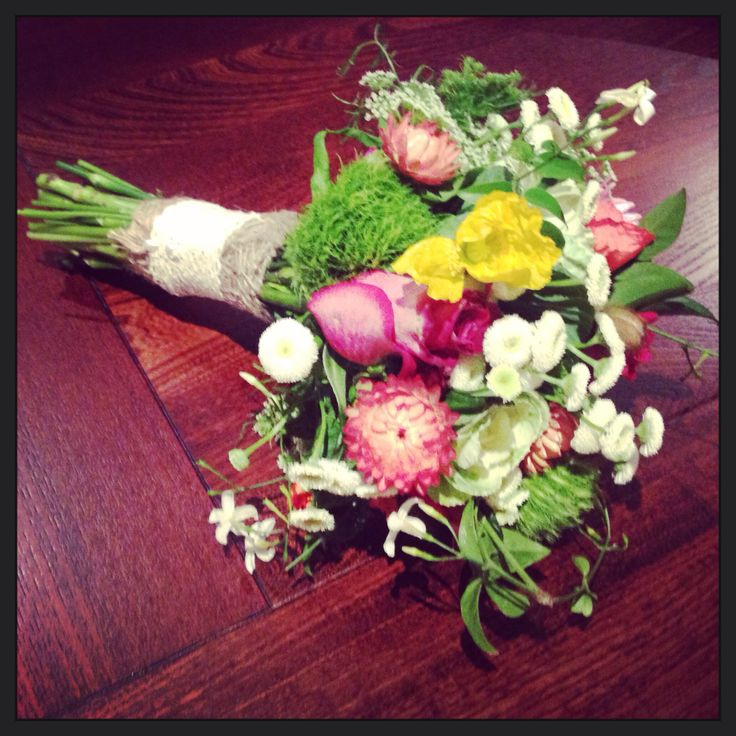 Unstructured wedding bouquet...