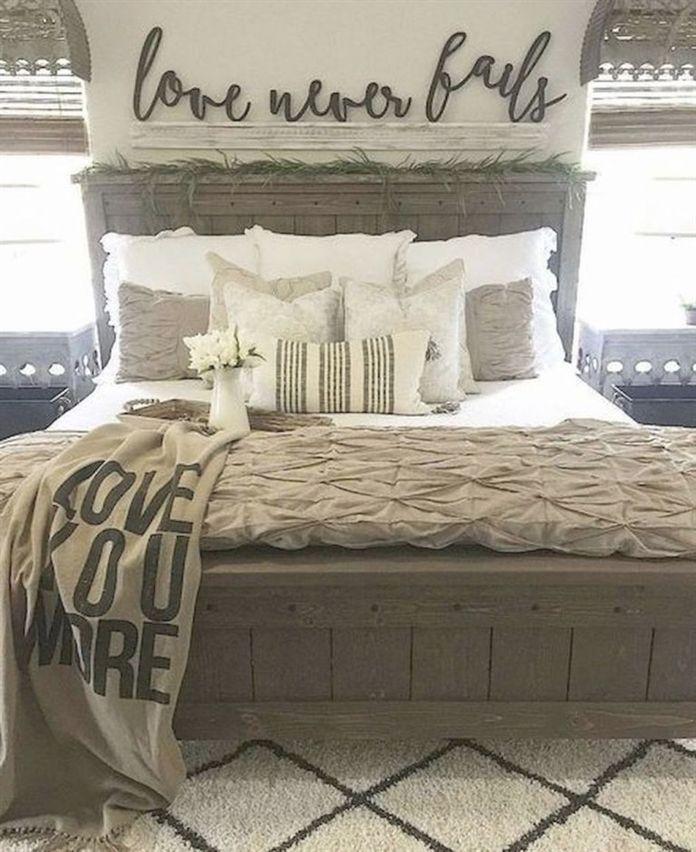 44 stunning bedroom decor and design ideas with farmhouse style rh pinterest com
