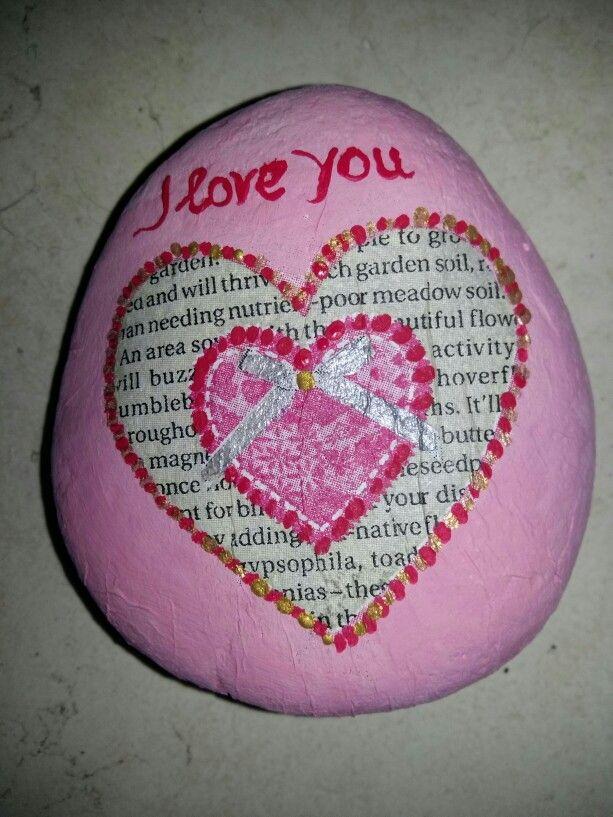 """""""Pink heart"""" decoupage on a rock"""