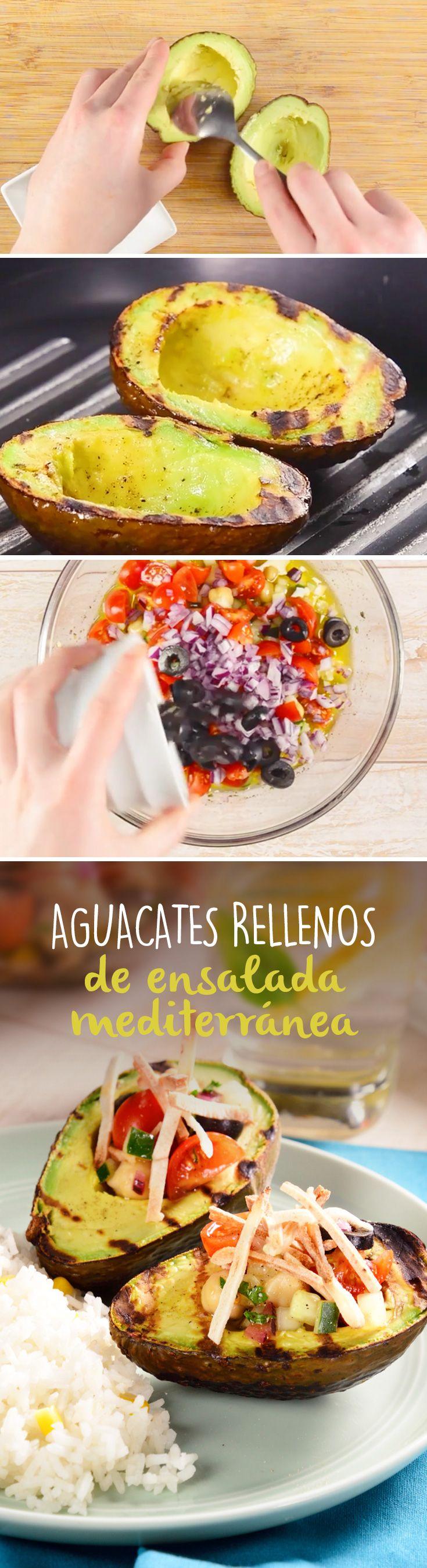 Aguacate Relleno de Ensalada Mediterránea   – Recetas Nuevas de kiwilimón
