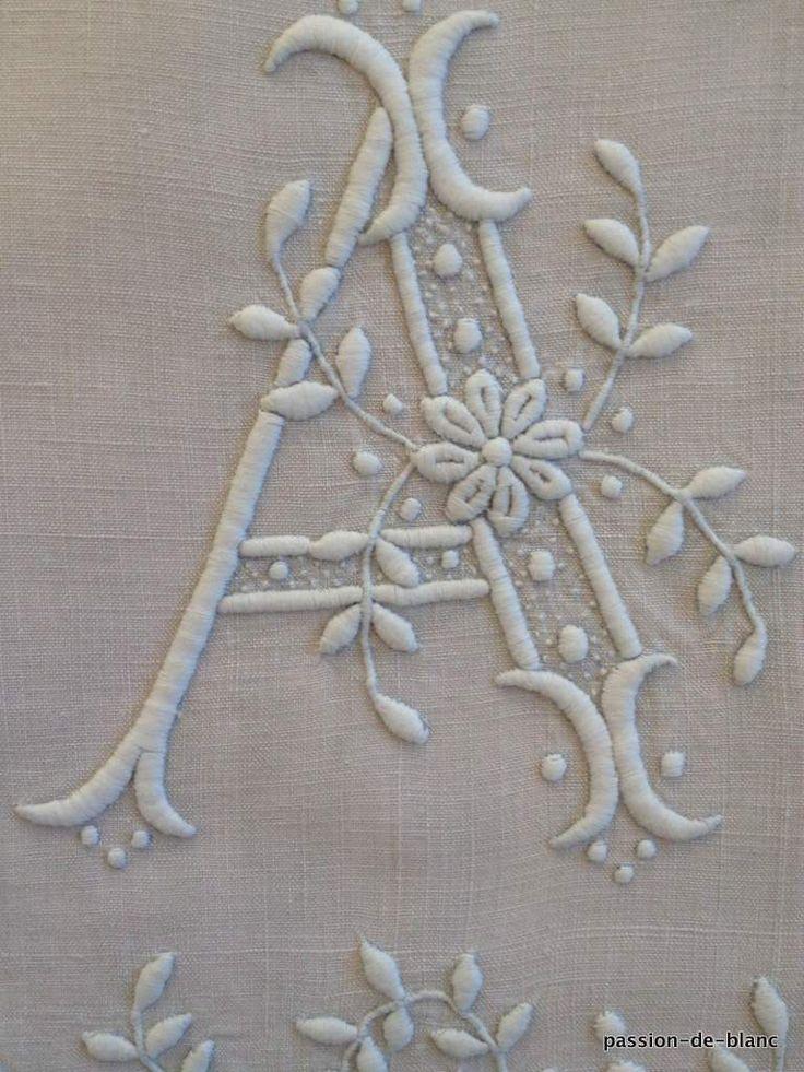 Les 1135 meilleures images du tableau monogrammes sur - Linge de maison ancien ...