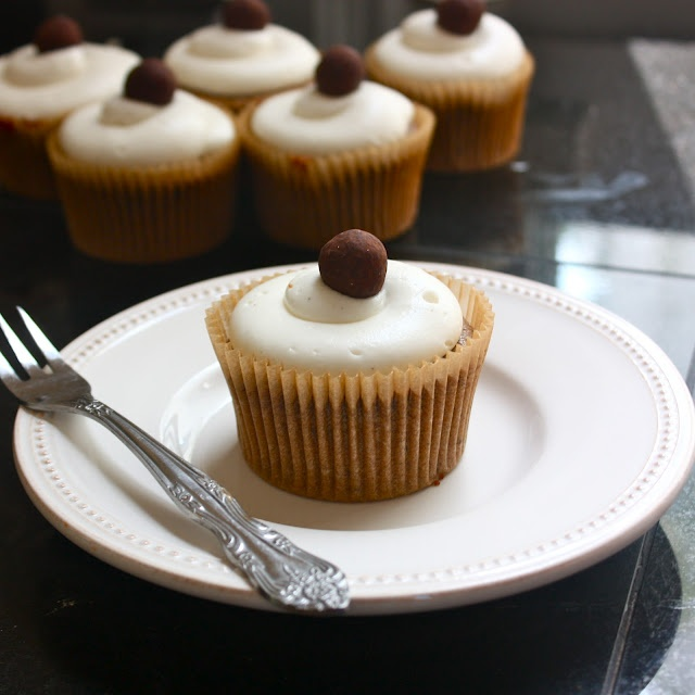 Cannella Vita: chocolate stout cake with cream cheese frosting