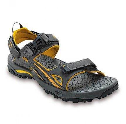 Посоветуйте удобные кроссовки для похода