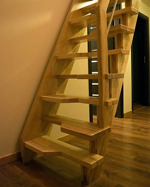 Na ZDROWIE! :) 7 minut pokonywania schodow dziennie zmniejsza o połowę ryzyko ataku serca w perspektywie 10 lat :). Korzystacie często ze schodów ? BRAWO :) #zdrowie #zdrowy #zdrowystyl #schody #schodydrewniane  #schodymika #stairs #produktyzdrewna# #drewno #drewniany #woodenproducts #wooden #woodworking