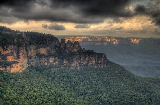 Three Sisters - Blue Mountains - NSW