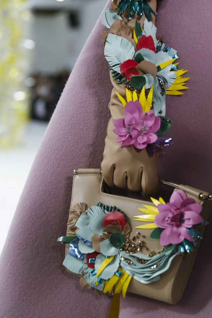 LIVESTREAMING: Delpozo Fashion Show, ready-to-wear collection Fall Winter 2016…