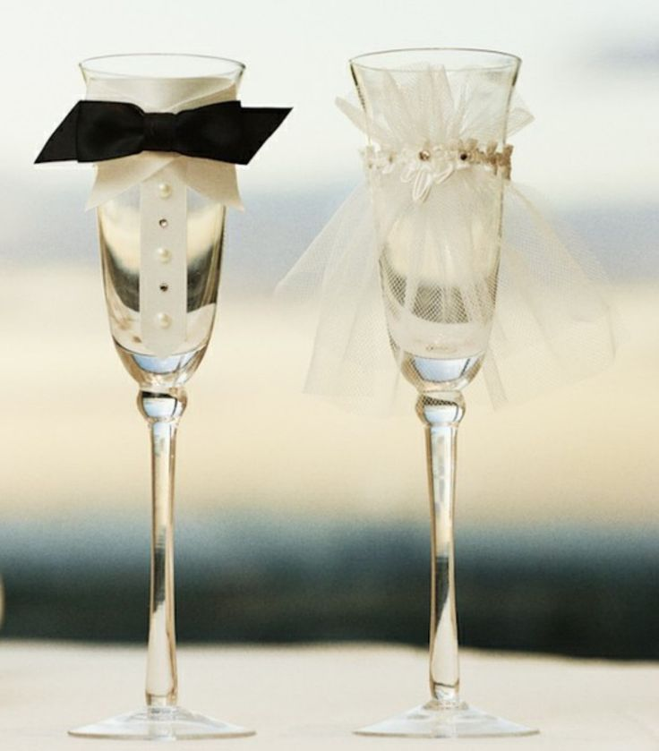 custom wedding glasses toasting glasses wine glasses toasting flutes for bride and groom table settings wedding gift decorations
