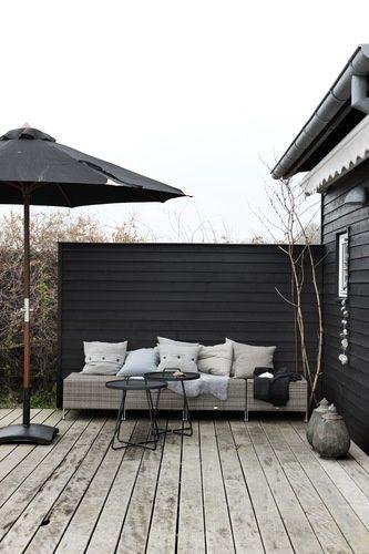 Danish summerhouse via Bolig Magasinet @Gail Mounier JOYZ.blogspot.nl