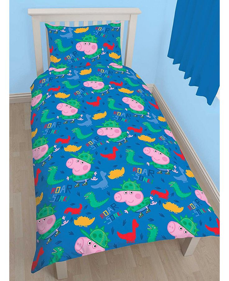 This adorable Peppa Pig George Roarsome Single Duvet Cover Set features George Pig and Mr Dinosaur and is reversible too. Free UK delivery available