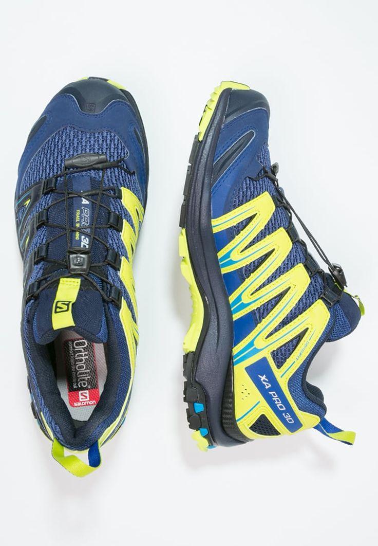 Voir cette épingle et d'autres images dans My Shoes par jhunbenedicto.