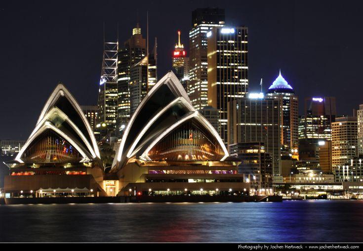 View across Sydney Harbour from Kirribilli @ Night
