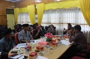 Sekretariat KPID Rapat Persiapan Tim Pansel