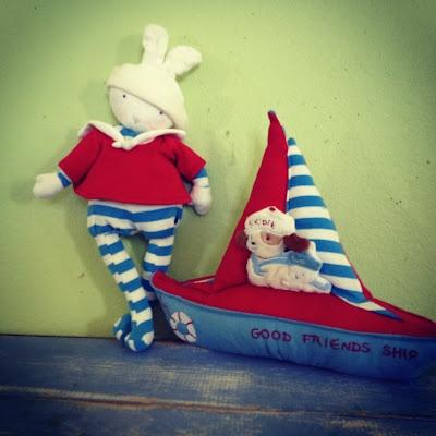 Sail away on Good Friends Ship