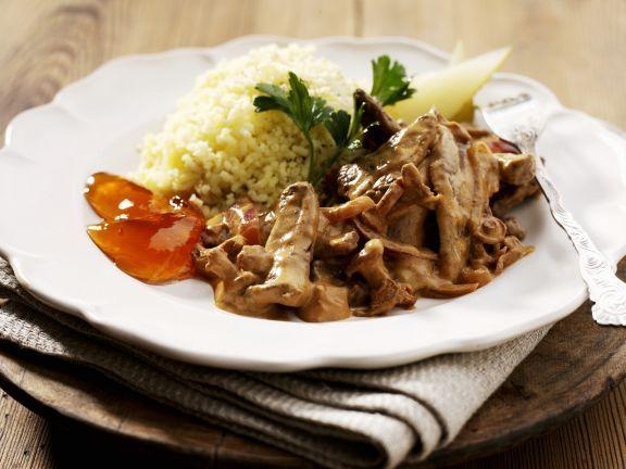 Filet nach Stroganoff-Art ist ein Rezept mit frischen Zutaten aus der Kategorie Rind. Probieren Sie dieses und weitere Rezepte von EAT SMARTER!