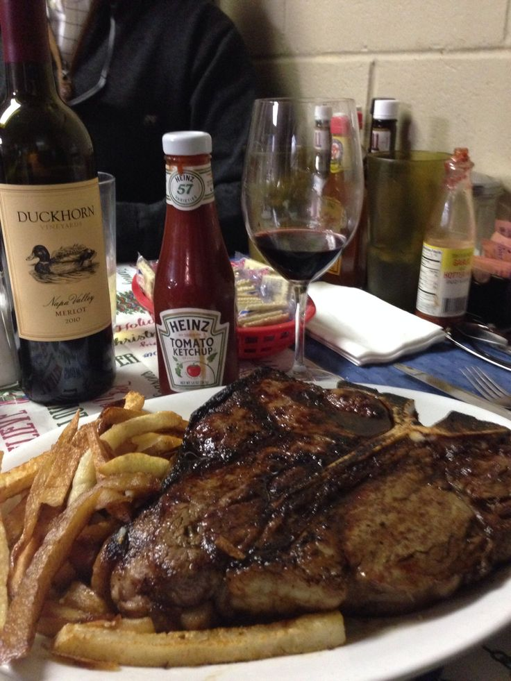 Doe's Steak
