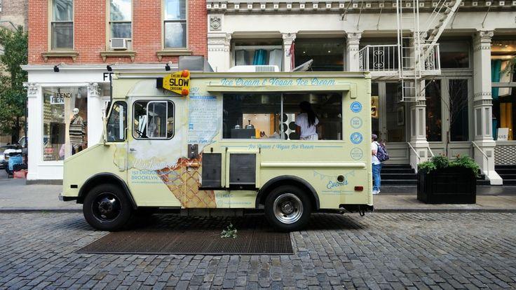 New York, Van Leeuwen ice cream truck, soho