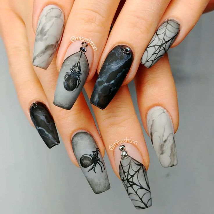 The Best Halloween Nail Designs in 2018