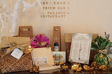Gift vouchers and Christmas bags