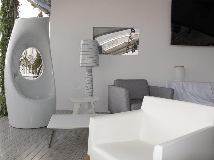 White design #Hollyall #Kubrik #MissJane #Honey #lamp #armchair #pots #rotomoulding #plastic #Serralunga #outdoor #furniture #pots #design #style #elegance #living
