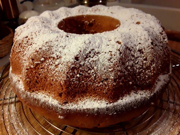 Greek yogurt and lemon cake