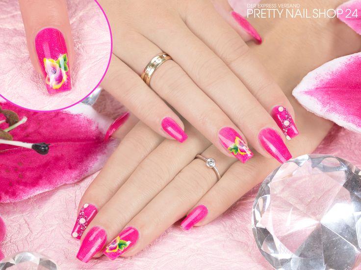 #nails #nailart #magenta #pns24 Mit dem Jolifin Farbgel glamorous magenta (Art.-Nr.: 6232) lassen sich immer wieder aufregende Nägel mit dem gewissen Etwas kreieren. Lasst Euch inspirieren, Eure Juliane.