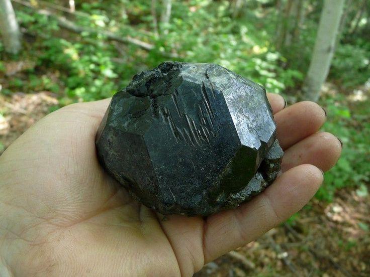 черная шпинель, Якутия