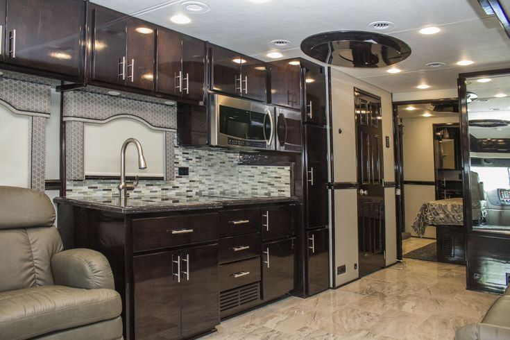 2018 Renegade XL 45QB Luxury Motorhome built on the ... on Cascadia Outdoor Living Spaces id=82526
