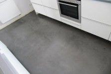 Keuken met betonlook vloer