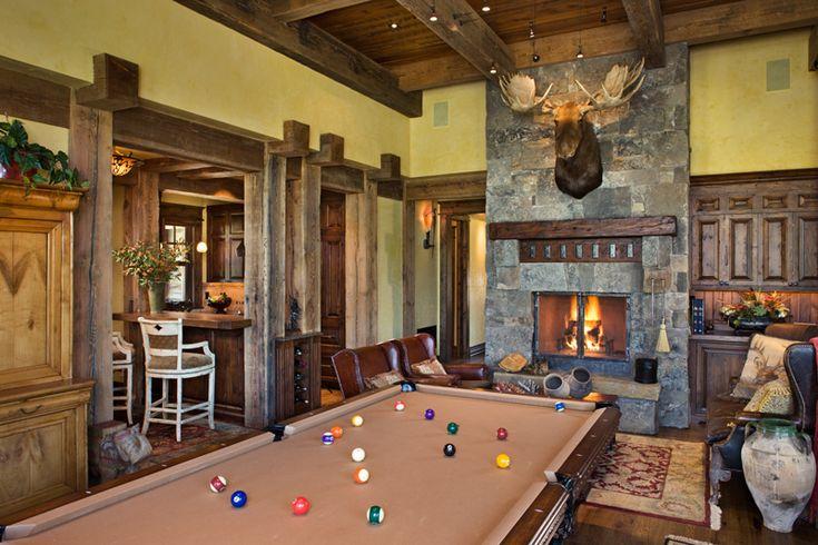 Gameroom and bar
