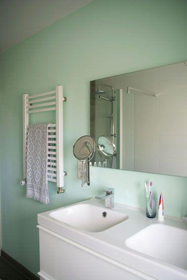Lotsofcolor kleuradvies Zeegroene badkamer
