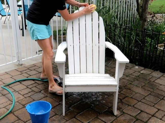 Diy Chair Give Life To That Old Chair Diy Chair Backyard Chair