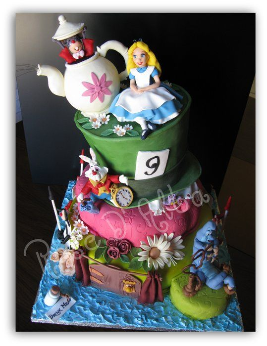 Alice cake - by Rose D' Alba cake designer @ CakesDecor.com - cake decorating website