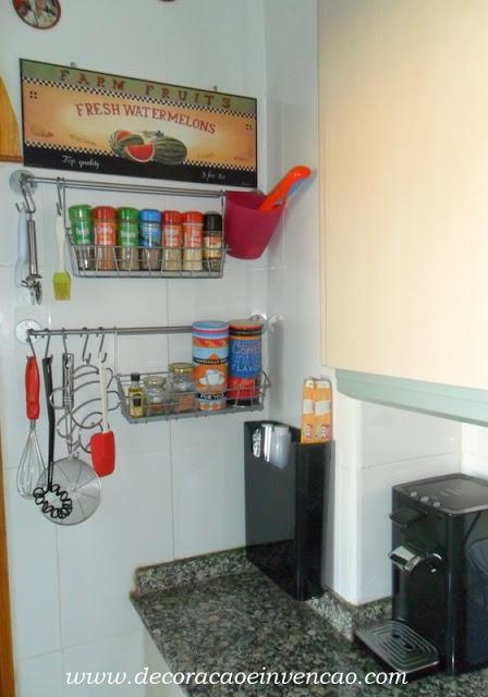 * Decoração e Invenção *: Minha Cozinha,um pouco de tempero e organização