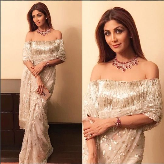 Shilpa Shetty In A Beautiful sari .For This Sari Mail Us At contact@ladyselection.com