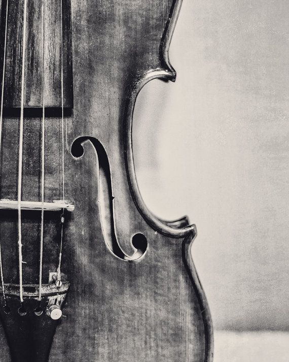 Outdated Violin Fantastic Artwork Pictures Violin Musical Instrument Picture Print Classical Music Room Wall Decor Music Lover Reward Black and White