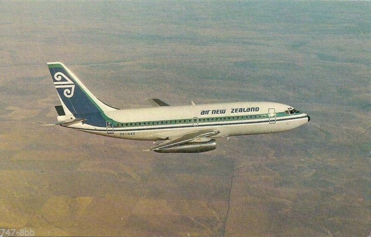 Air New Zealand 737-219 Postcard