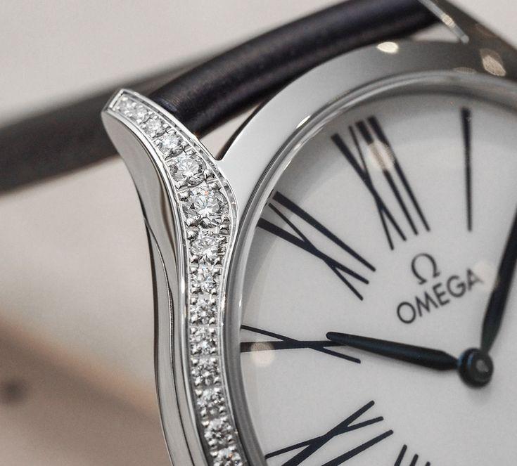 Omega De Ville Trésor Ladies Watch Hands-On Hands-On
