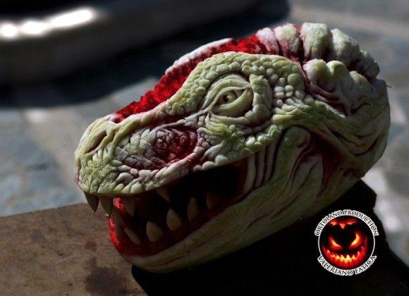 こいつはすごいぞ!クトゥルフにドラゴン、スイカ彫刻ここに極まり : カラパイア