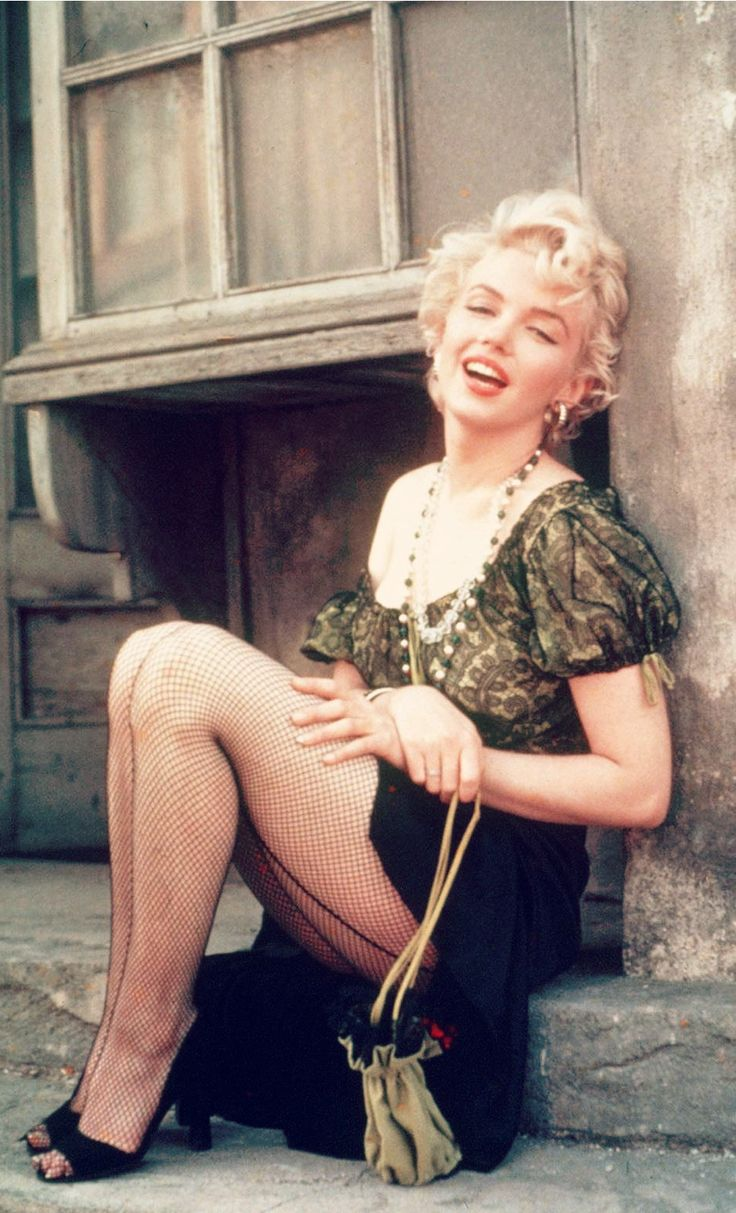Marilyn Monroe Bus Stop 04 Photo Photos Picture Movie
