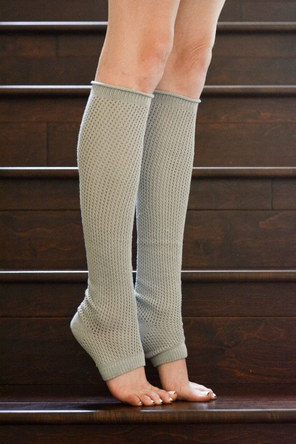 Perfect socks for the yoga or barre aficionado. Can also be given as a gift to an elf! (#HarryPotter #FreeDobby)