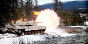 Skal dundre avgårde i en 55 tonns stridsvogn