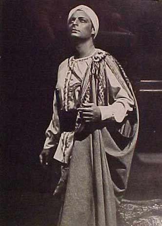 Alfredo Kraus As Nadir In The Pearl Fishers. Spanish Tenor