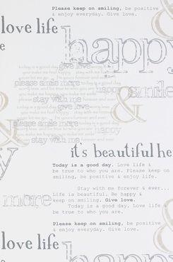 Wallpaper by ellos Tapet Pamela lysegrå Dekorer din væg med tekst og bogstaver som giver positive ord og sætninger, der forgylder.<br>Tapetet er i non-wovenmateriale.<br>Bredde 53 cm <br>Mønsterrapport 64 cm.<br>Rullens længde 10.05 m.<br>Made in Sweden.