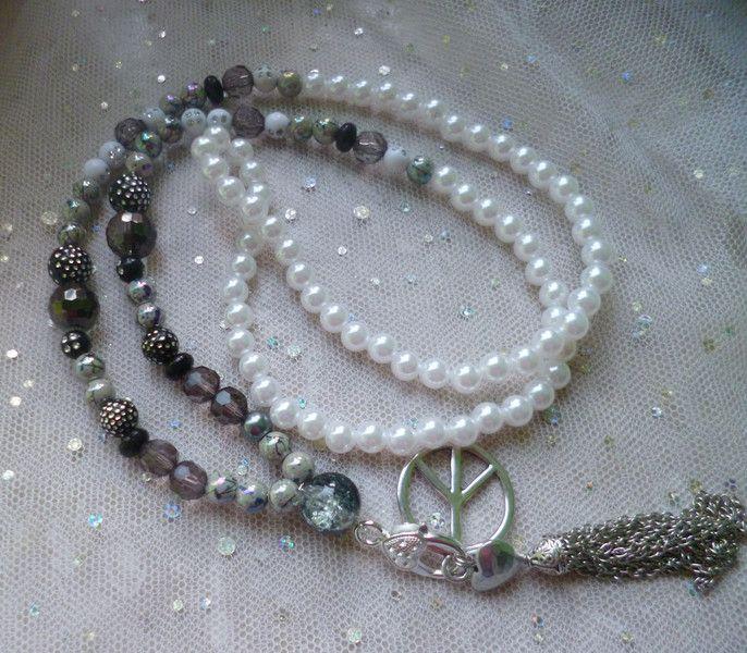 Halskette weiß grau silber von Rosettas Laden auf DaWanda.com