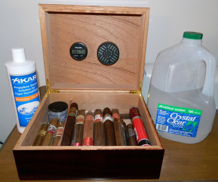 The how-to video for seasoning your humidor and how to keep it properly humidified! If it's your first humidor or if you need a reminder on how to maintain h...