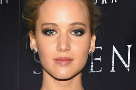 Jennifer Lawrence quer virar diretora de cinema http://r7.com/RETL