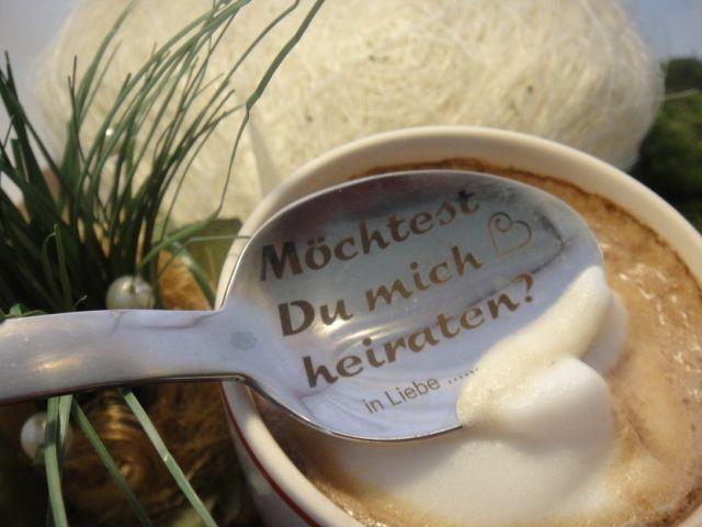 So schön kann Frühstück sein.... von Damast-stahl der Hochzeitshop von SECRET GARDEN auf DaWanda.com