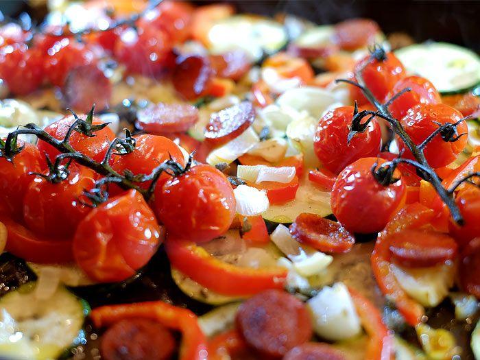 Pasta met gegrilde courgette, tomaatjes en chorizo