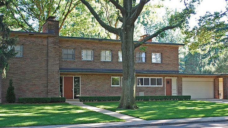 The Koebel House: An Eero and Eliel Saarinen Collaboration